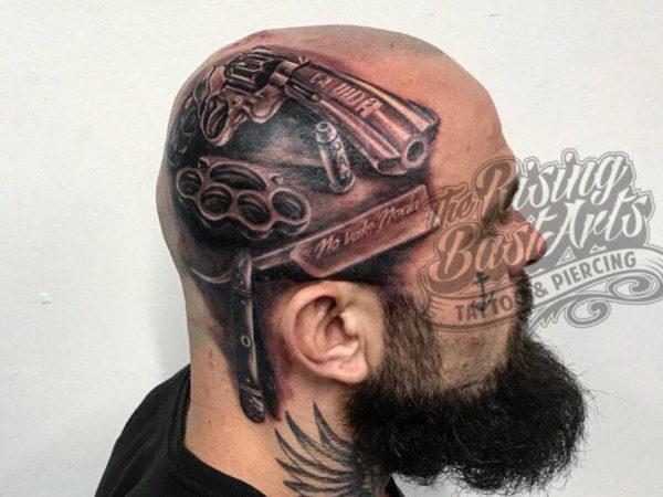 Rising Bastards_Tattoo hoofd